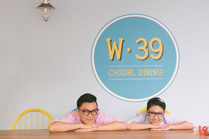 Beautiful Pre-Wedding photos at W39 Cafe