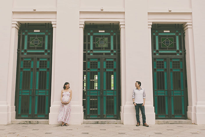 Maternity shoot at fort canning