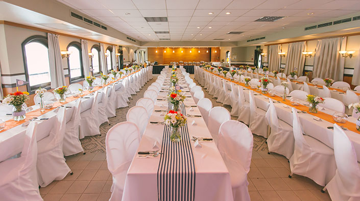Nautical themed wedding at Stewards Riverboat