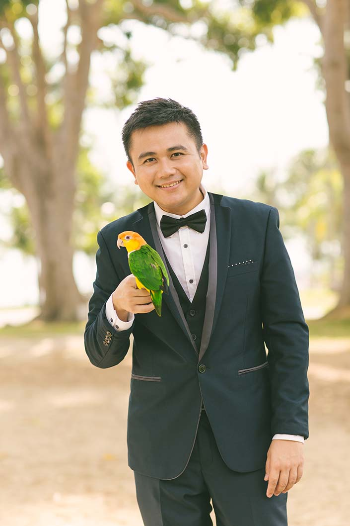 Pre-wedding photoshoot at Changi Beach with Parrot
