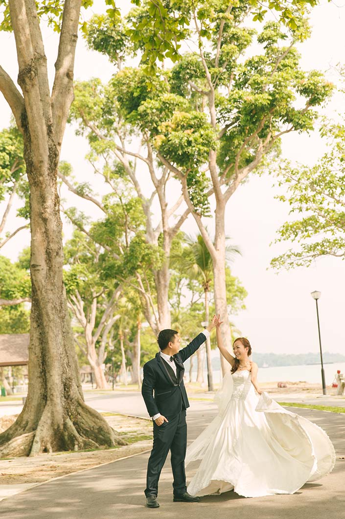 Pre-wedding photoshoot at Changi Beach