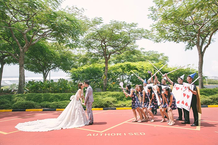 Alice in Wonderland-themed Wedding Day Photography at Marina Mandarin