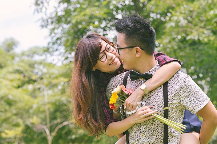 Casual Couple Love Story Photography at Toa Payoh Park