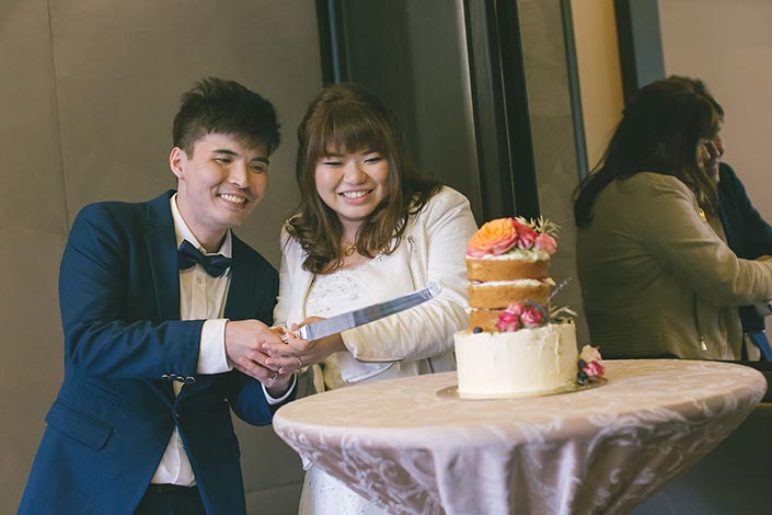 Wedding Day Photography at Fullerton Bay Hotel (Lunch at Floating Pod)