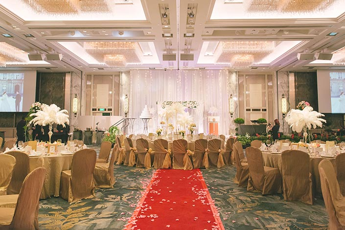 Fairytale Elegant Wedding Day Photography at Shangri La Hotel (Styling by Rosette Designs & Co.)