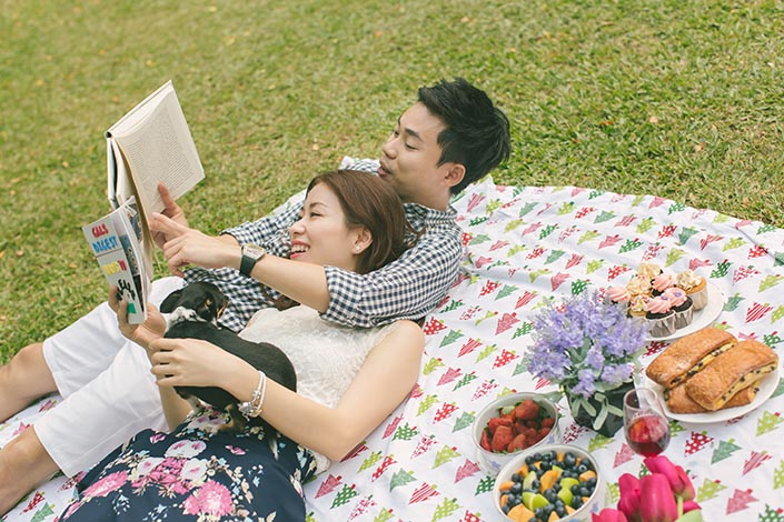 ... Picnic Perfect Love Story Photography at Singapore Botanical Gardens ...