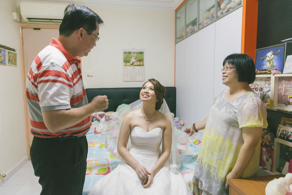 Singapore Wedding Photography Bride Veiling