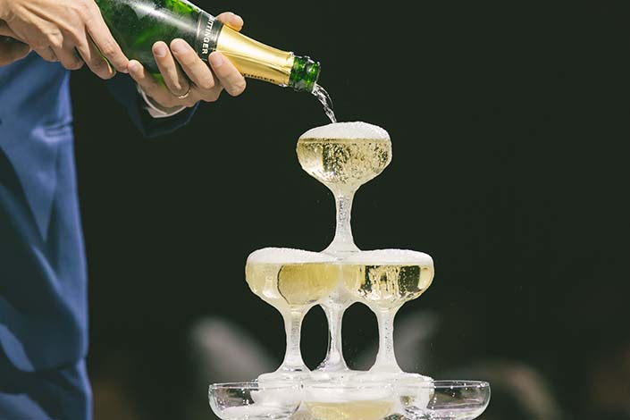Singapore Wedding Day Photography Champagne Pouring at Westin