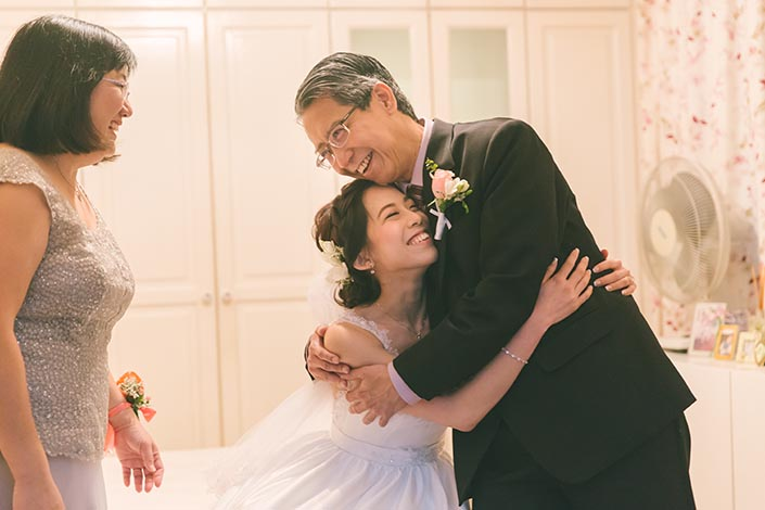 Singapore Wedding Actual Day Photography (Bride and parents)
