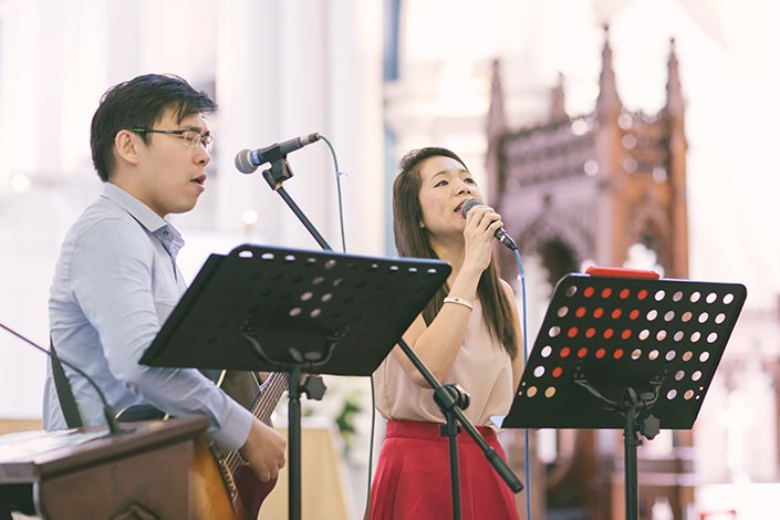 Singapore Wedding Actual Day Photography at St Andrews Cathedral (Worship songs)