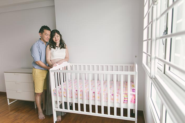Singapore Maternity Photoshoot at Home (with baby cot)