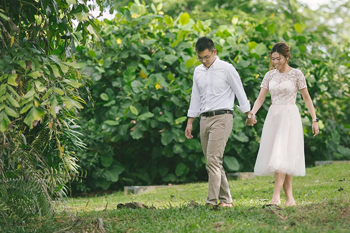 Singapore Pre-Wedding Engagement Photography at Gillman Barracks Disini Art