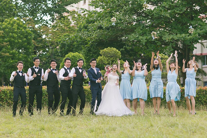 Singapore Actual Wedding Day Photography at Woodlands Admiral Garden (Outdoor bridal party shoot)