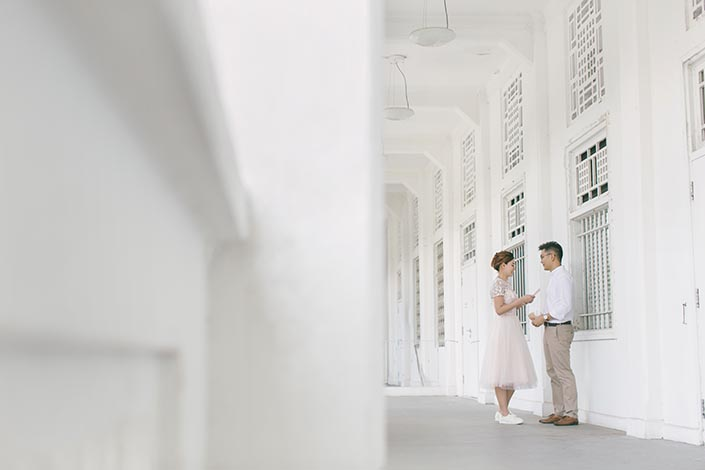 Singapore Pre-Wedding Engagement Photography at Gillman Barracks Disini Art (Love letter)