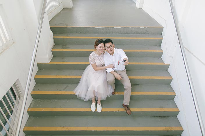Singapore Pre-Wedding Engagement Photography at Gillman Barracks Disini Art (Camera)