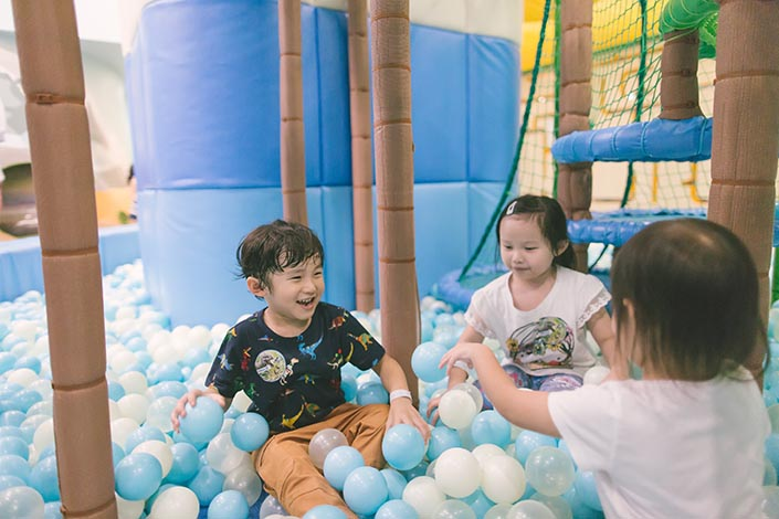 Buds by Shangri-La indoor playground ball pit