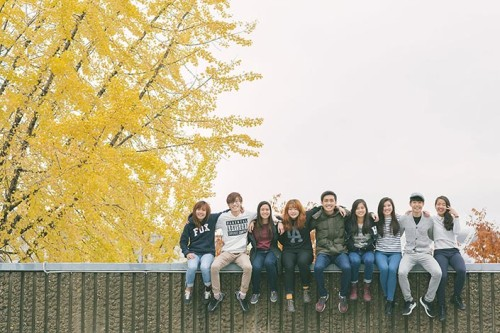 Friendship Photography Session in Seoul Hanyang University School of Business